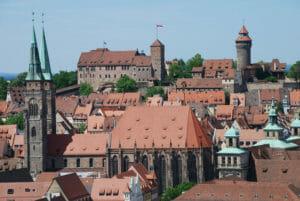 Foto: Die Altstadt von Nürnberg, der Hauptstadt Frankens. Hohe Lebensqualität und eine robuste Wirtschaft kennzeichnen die Metropolregion | Fotolia-Datei: #67237079 - Urheber: Wolfgang Cibura